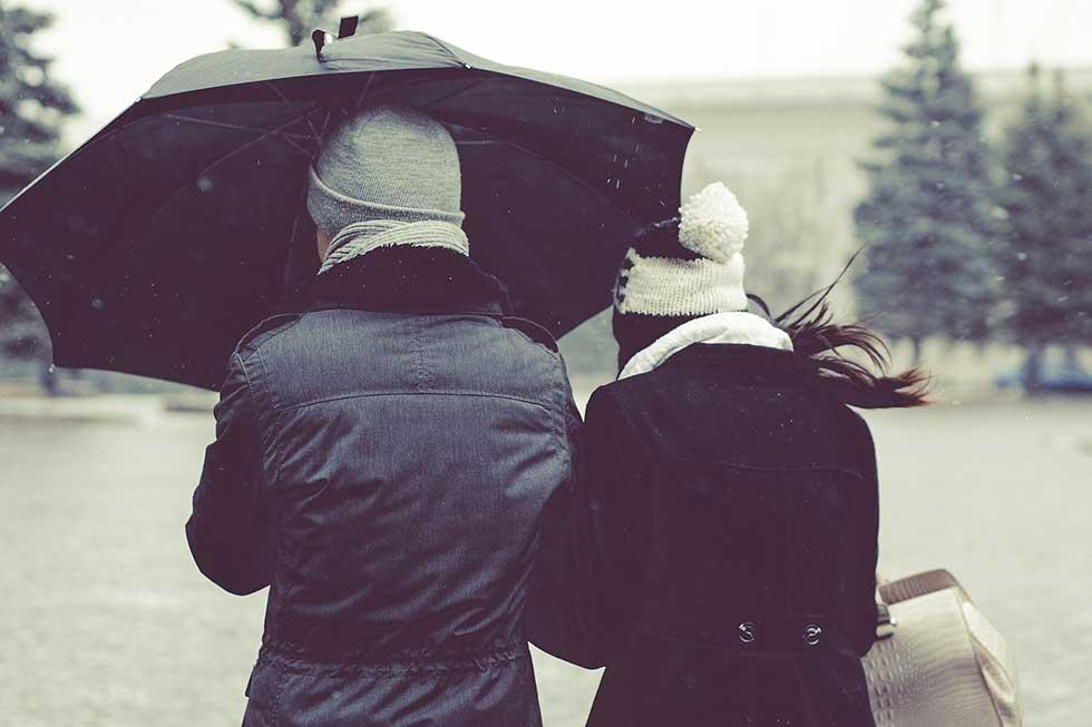 El frío y la lluvia agravan los síntomas de enfermedades reumatoides